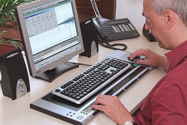 VarioPro Braille Display –  Designed primarily for Workstation Usage